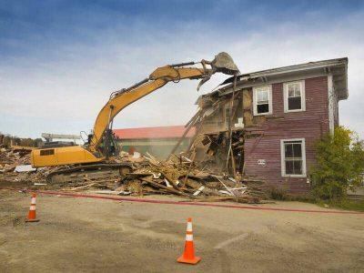 asbestos-removal-service-asbestos-home-demolition-2